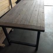 scheepsplanken tafel
